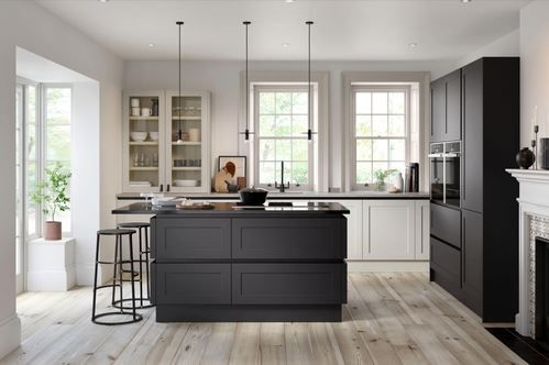 Image of a black and white modern Handleless Hunton kitchen design by Second Nature