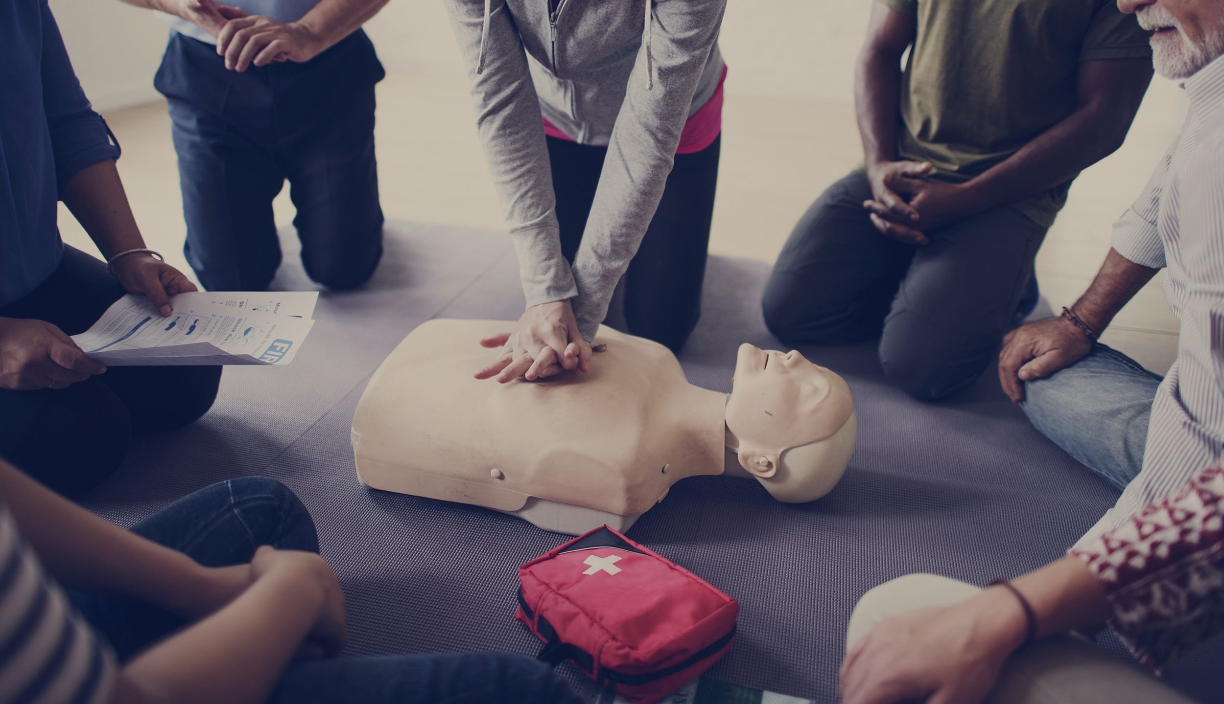 Cpr certification in new york ny ny metro cpr cpr certification xflitez Choice Image