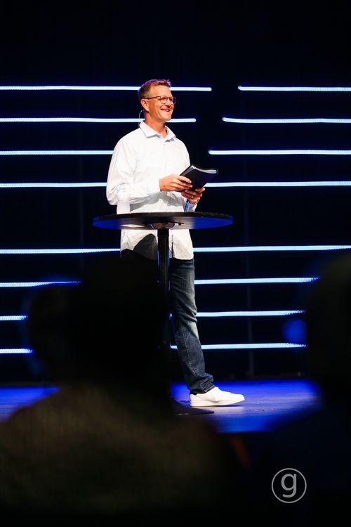 Pastor Jonathan Howes
