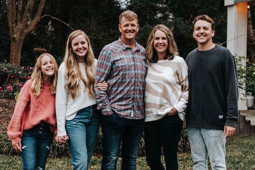 Howes Family