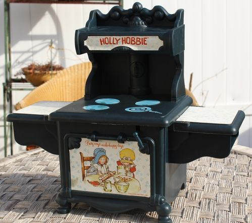1976 Coleco Holly Hobbie Oven