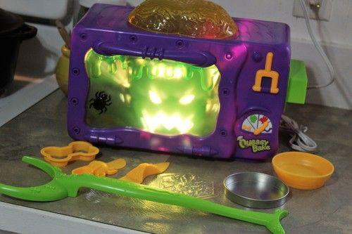 2002 Queasy Bake Oven Cookerator