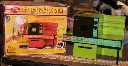 1973 Kenner Easy Bake Oven Lime Green