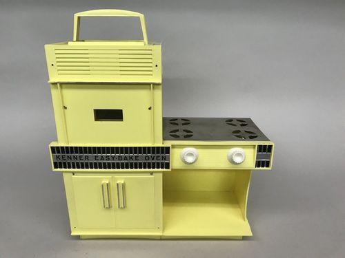 1964 Kenner Easy Bake Oven Yellow #1600
