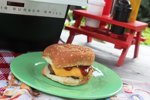 Cheeseburger made on the 1967 Kenner Big Burger Grill