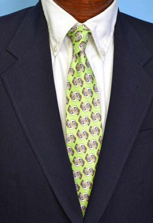 oyster necktie