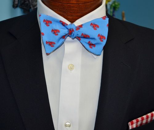 blue lobster bow tie