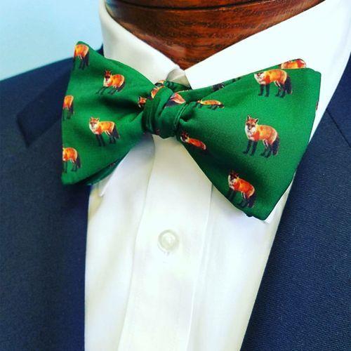 fox green bow tie