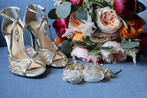 Bridal Bouquet, shoes and accessories