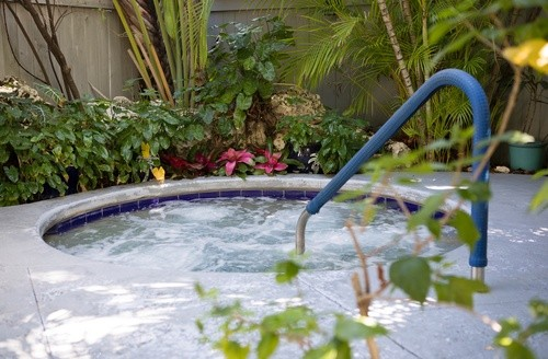 whirlpool, Jacuzzi pool located on the property of The Banyan Resort