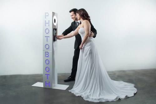 Paduano Studios Photo Booths in Syracuse NY with a Basic Lounge Photobooth without an pipe and drape enclosure