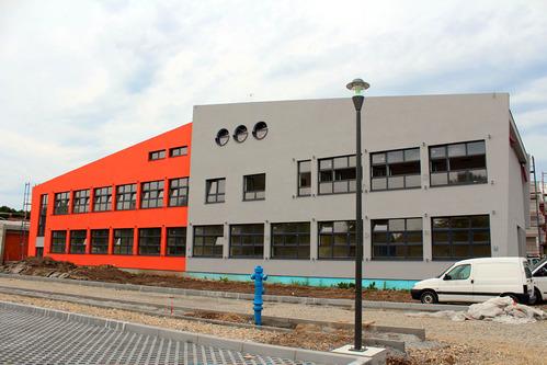 osnovna škola novo čiče, velika gorica, fasada