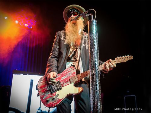 Billy Gibbons play his Babicz FCH bridge